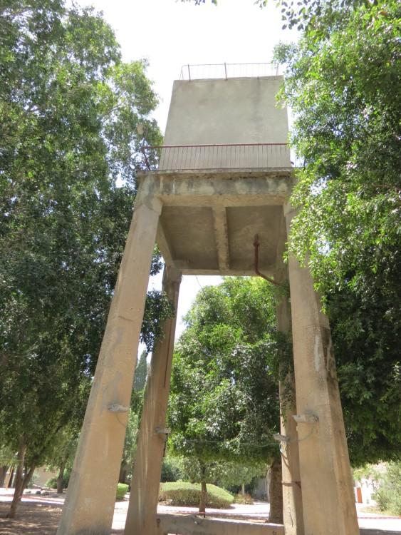 החצר הגדולה, קיבוץ מרחביה - מגד׳ל המים