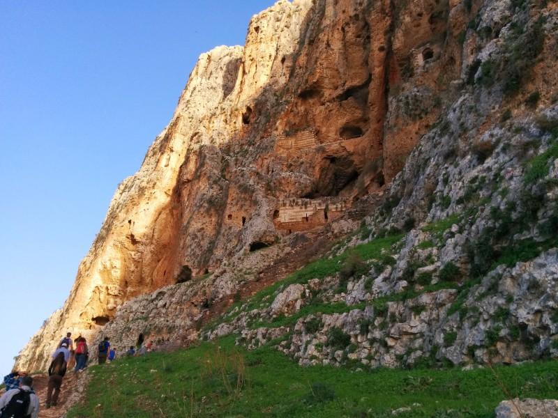 מערות הר ארבל