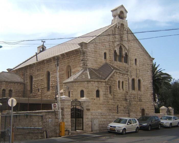 מבנה הכנסייה האוונגלית הבינלאומית צילום: DMYm