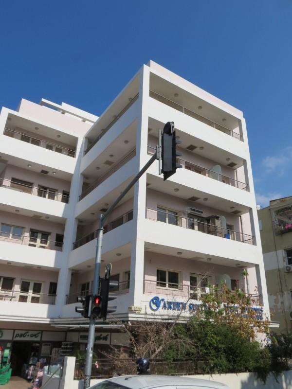 מלון ירדן רחוב בן יהודה 130