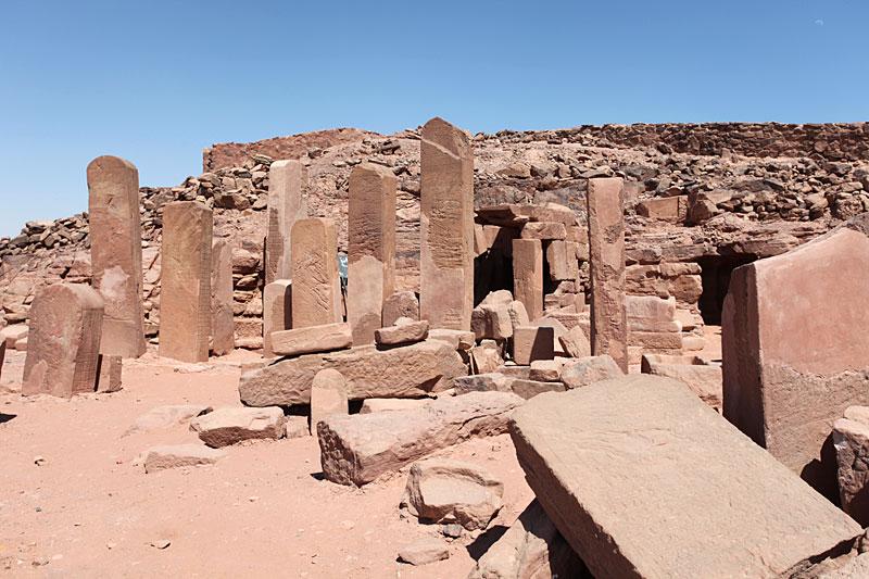 המקדש לאלה חתח'ור, סרביט אל-ח'אדם צילום: Roland Unger