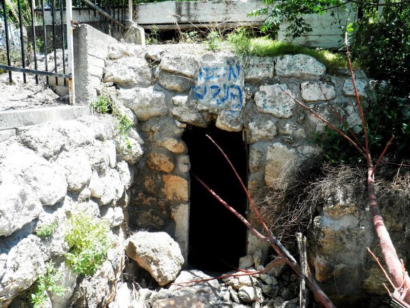 קבר מיכה הנביא בכאבול צילום:Ariel Palmon