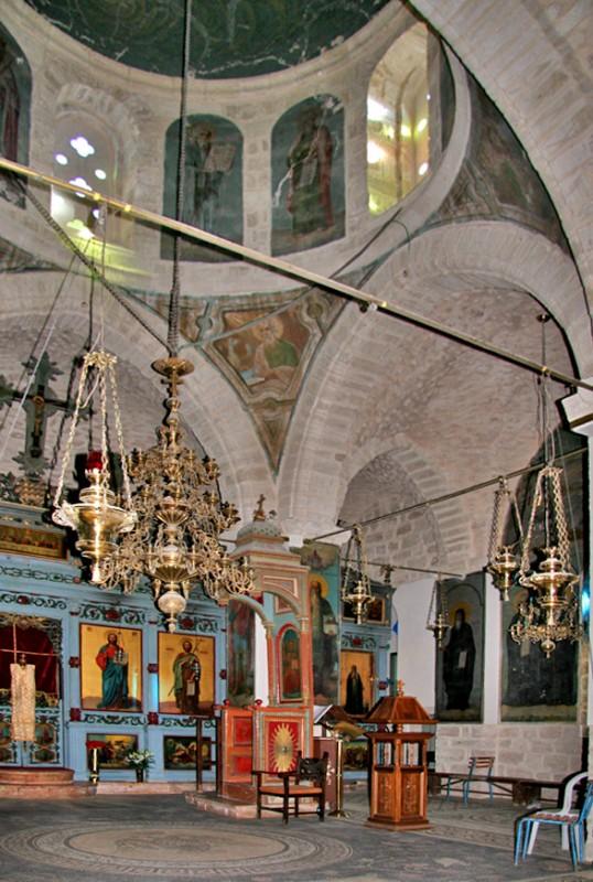 הכנסייה הגדולה - מנזר דֵיר חָגְ'לָה יוצר הקובץתמר הירדני