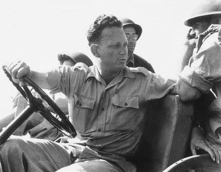 יגאל אלון במהלך מלחמת העצמאות, 1948