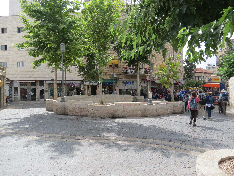 סיור ברחוב המלך ג׳ורג׳ החמישי