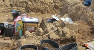 חפירות תל עכו
